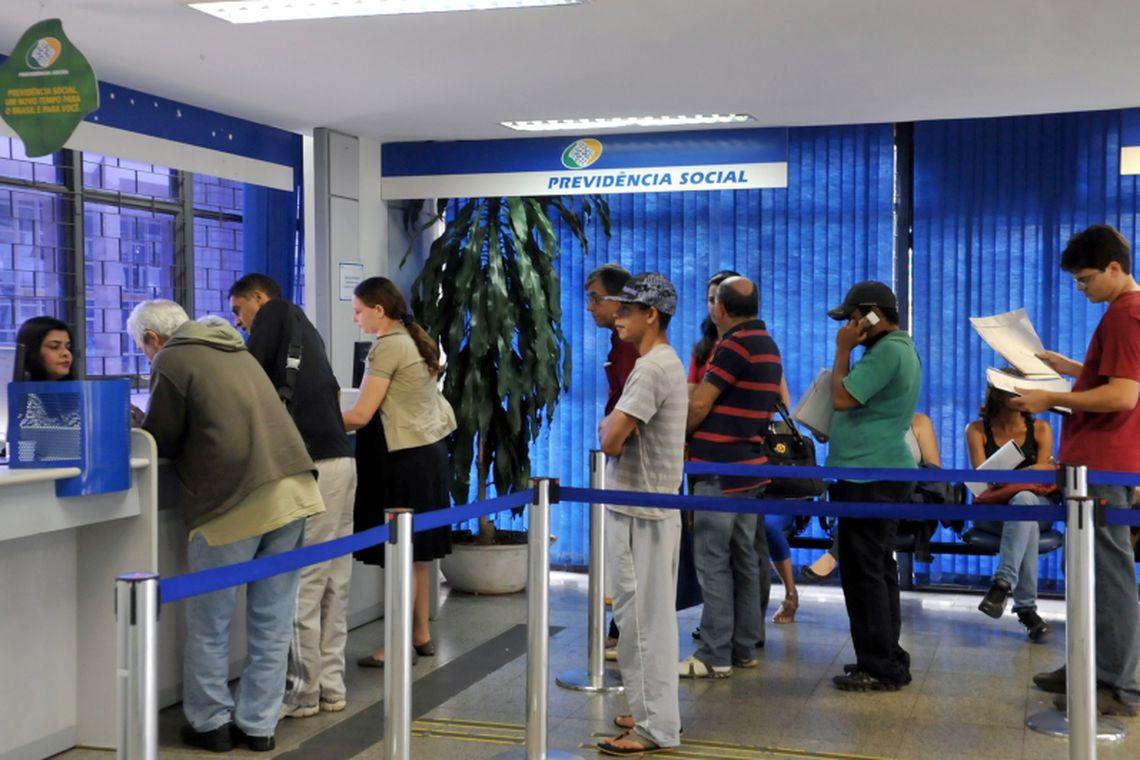 97% dos países têm sistemas públicos de previdência. Brasil vai na contramão?