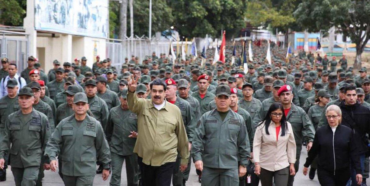 Forças Armadas dizem que só reconhecem Maduro como presidente