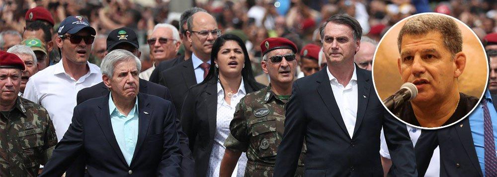Militares tentam conter clã Bolsonaro e evitar a demissão de Bebianno