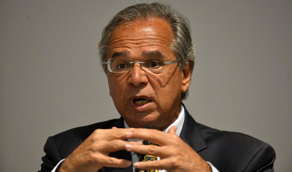 Guedes diz que ele e Bolsonaro amam os americanos