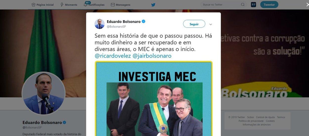 Eduardo Bolsonaro ataca o MEC e leva invertida dos internautas