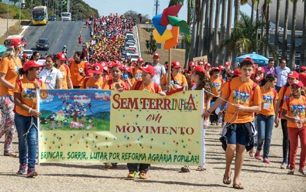 Filme mostra realidade do encontro histórico dos sem-terrinha em Brasília