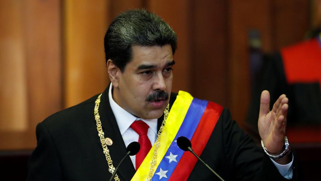 Governo legítimo venezuelano distribui alimentos e remédios