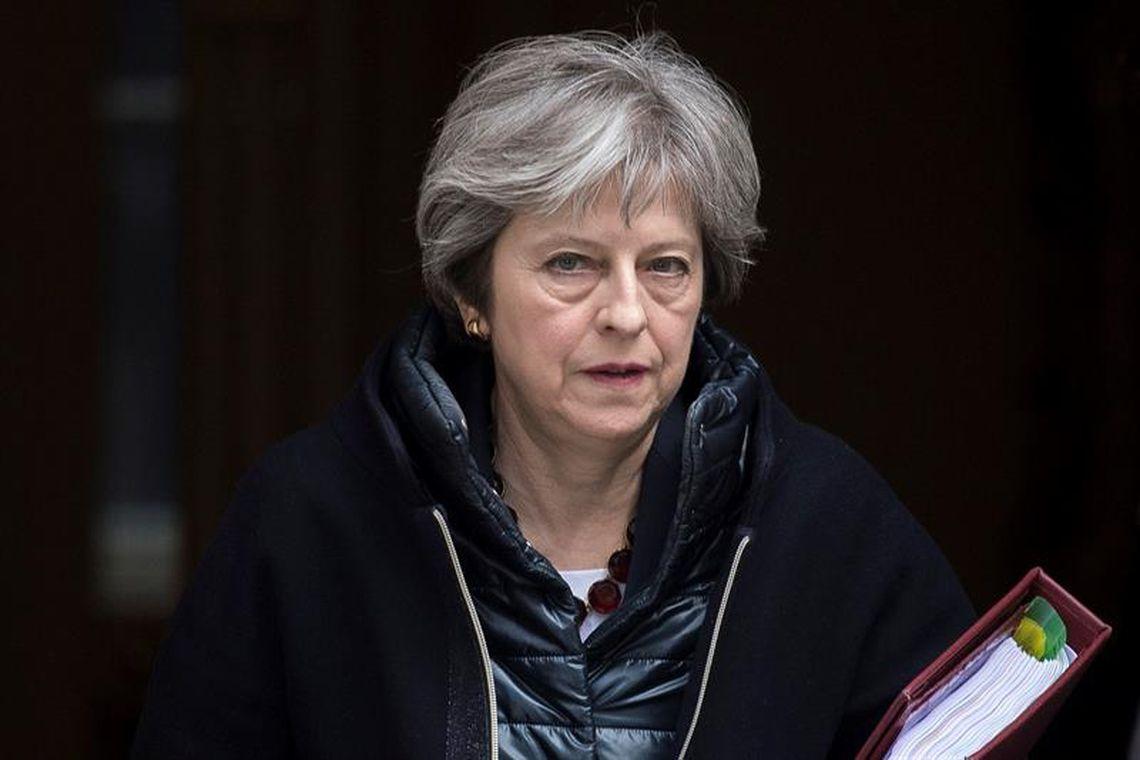 Theresa May quer cooperação com União Europeia para garantir Brexit