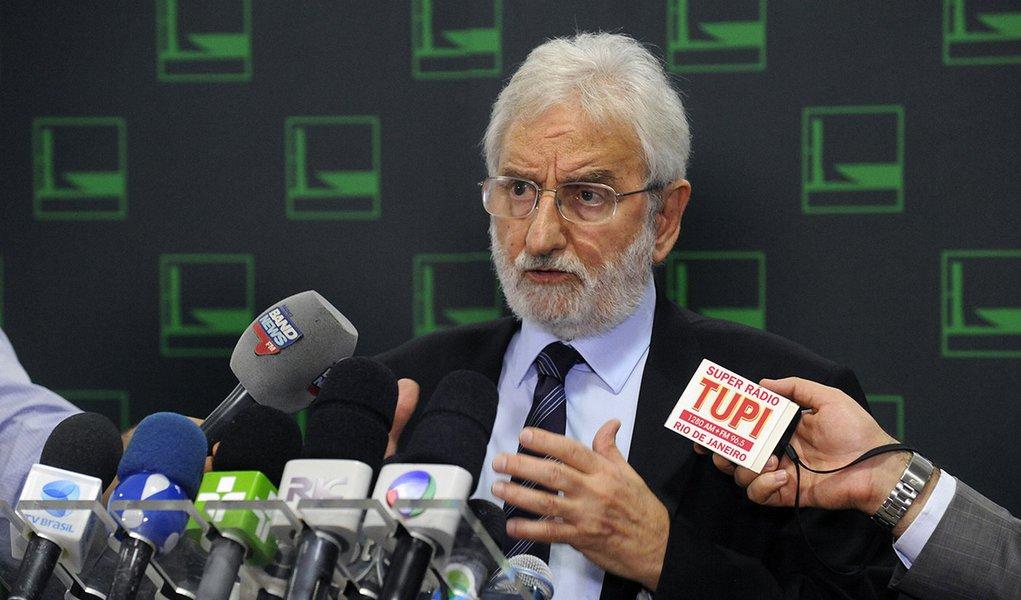 Ivan Valente ao 247: ataque de Bolsonaro ao PSOL é para desviar a atenção dos laranjas do PSL