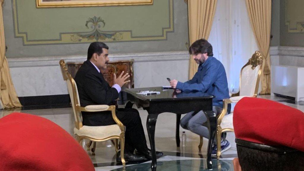 Nós somos como os vietnamitas: resistiremos até com nossas unhas, diz Maduro em entrevista