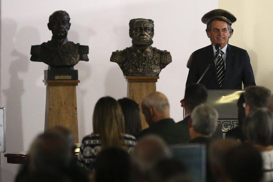 Deputados detonam carta de Bolsonaro ao Congresso: panfletário