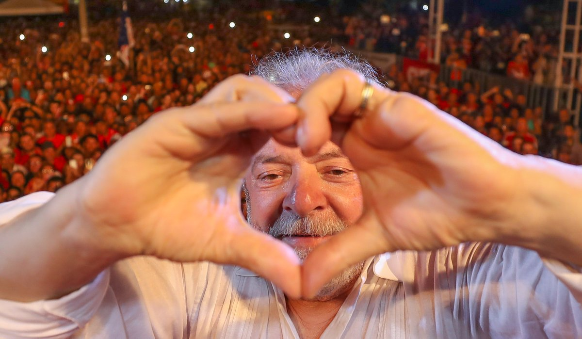 Lula merece o Nobel da Paz