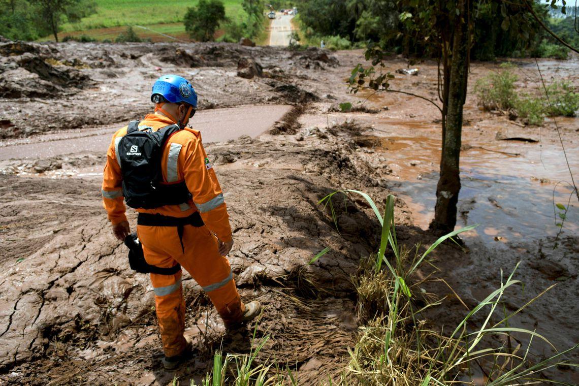 Condições de resgate pioram e caem chances de localizar sobreviventes