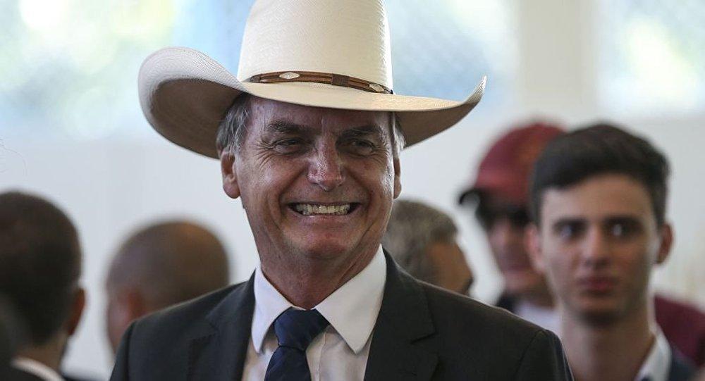 Embargo saudita a frango brasileiro é 'aviso' a Bolsonaro, diz especialista