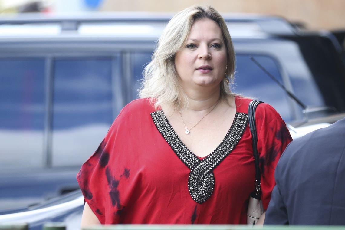 Joice Hasselmann defende 'investigação rápida' sobre Flávio Bolsonaro