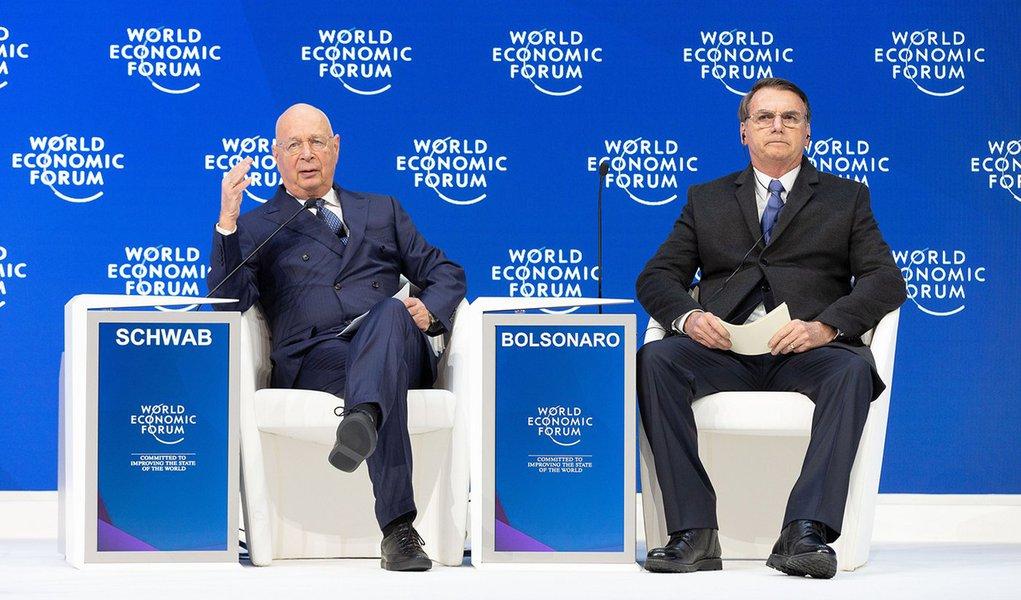Le Monde: Bolsonaro faz o mínimo para vender em Davos um novo Brasil
