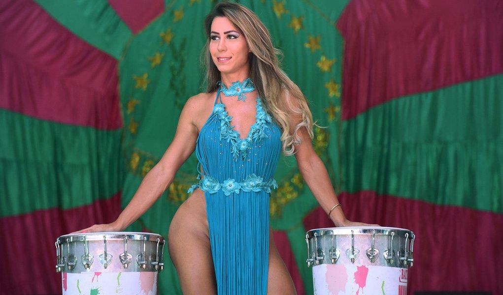 Patrícia Souza é a 1ª musa trans da Mangueira: 'Todos nós somos iguais'