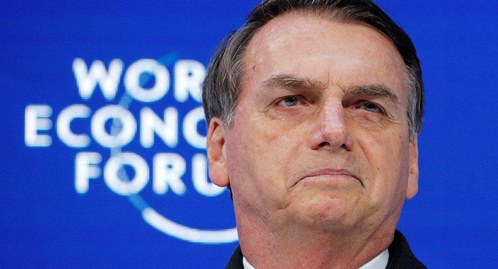 Bolsonaro conseguir ser ruim em tudo em Davos