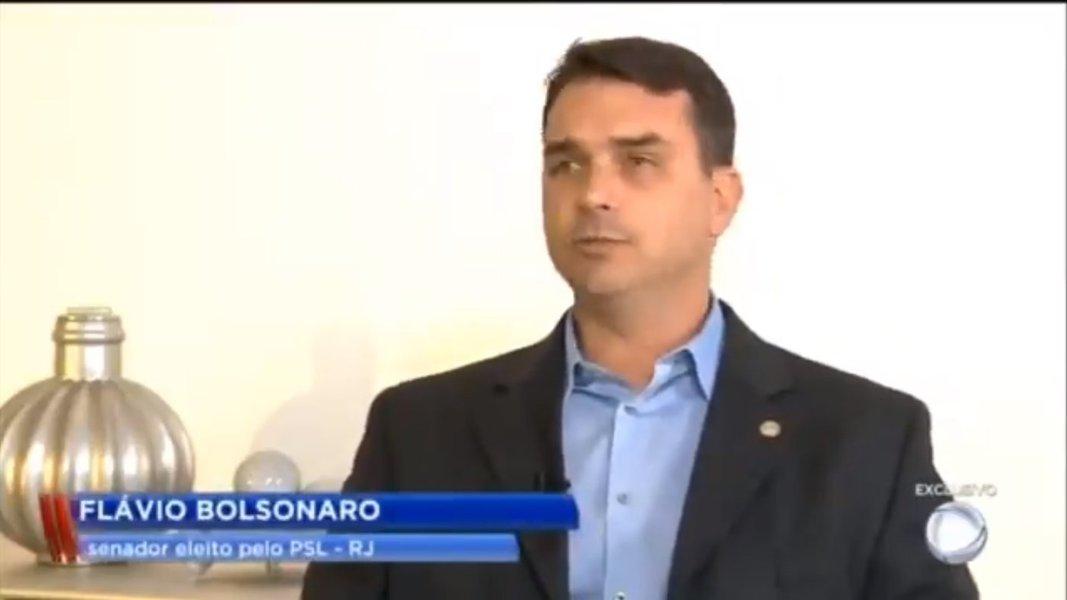 Flávio Bolsonaro atribui depósitos suspeitos a venda de apartamento