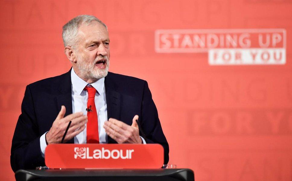 Trabalhistas britânicos querem que Parlamento decida sobre novo referendo