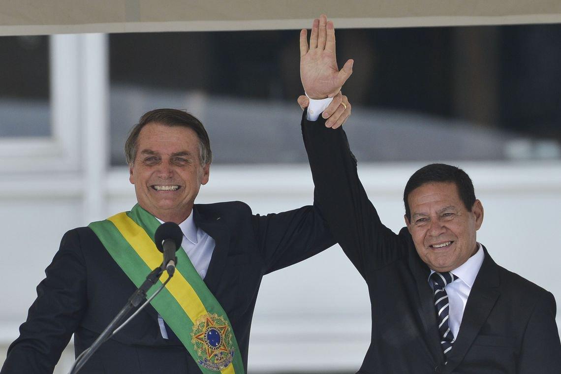 Mourão esclarece: Bolsonaro não é Átila, o Huno