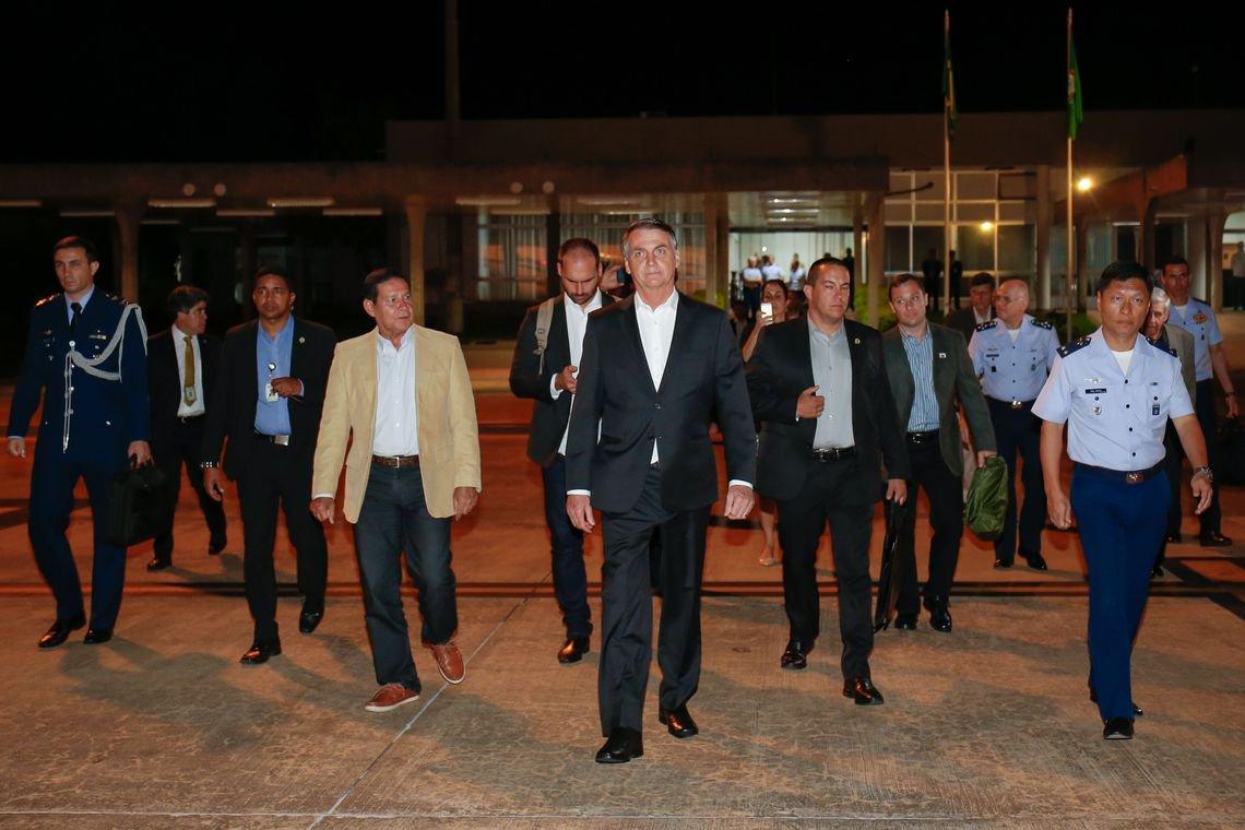 Pega muito mal em Davos a fuga de Bolsonaro das entrevistas
