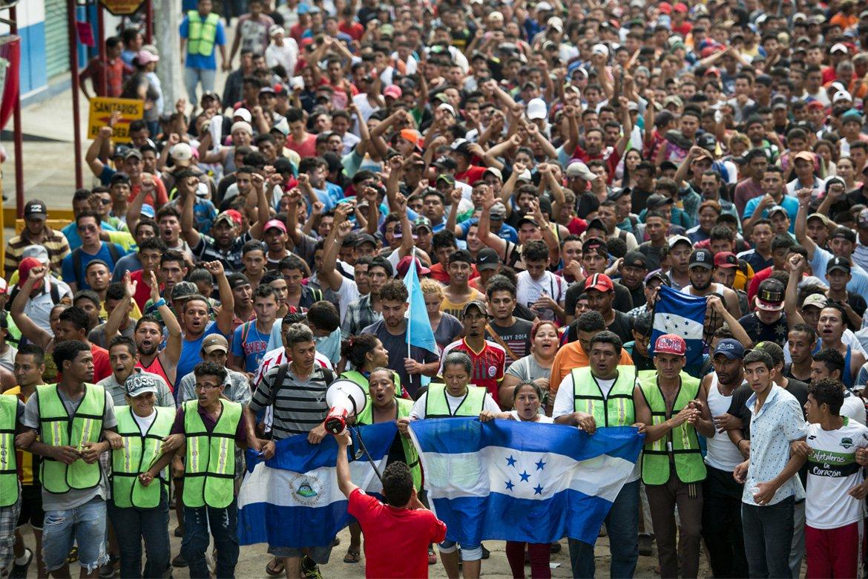 Nova caravana de migrantes da América Central chega ao México