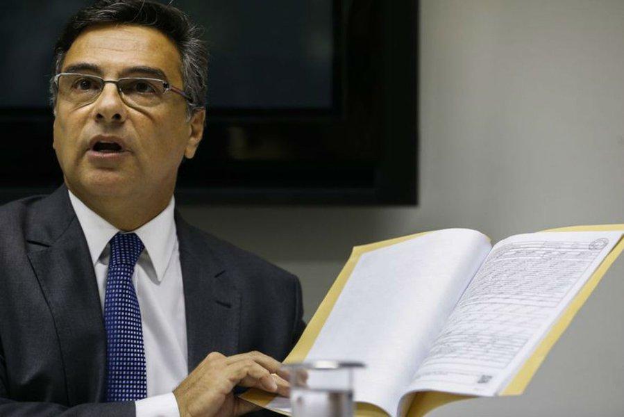 Decisões de tribunais desmontam tese de violação quebra de sigilo de Flávio