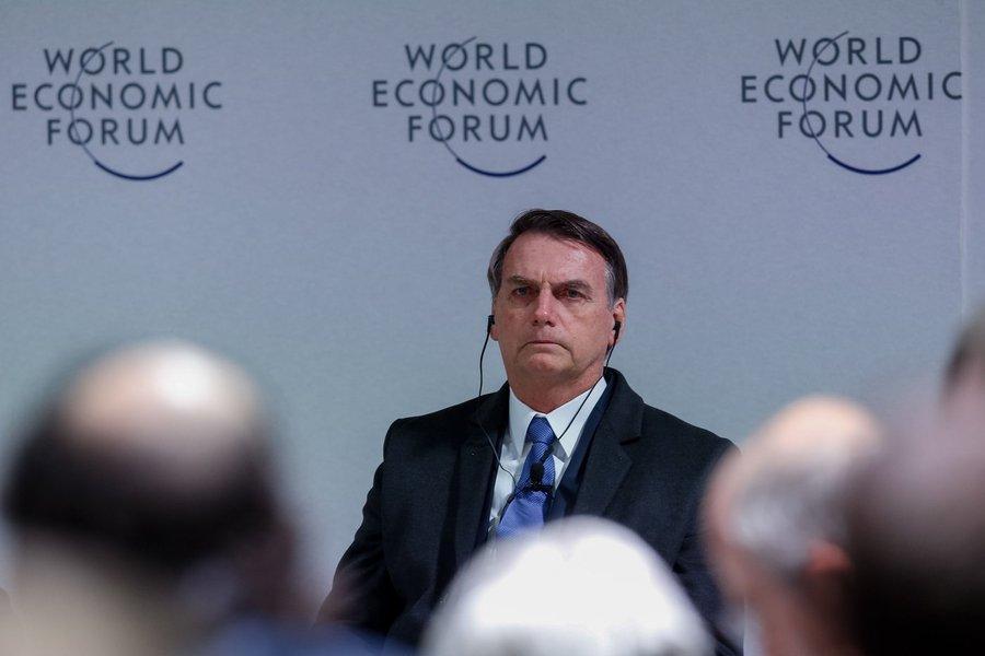 'A montanha de Davos pariu um rato', afirma jornalista