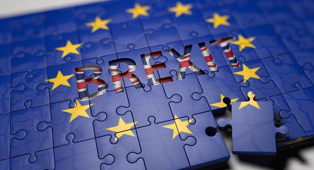 Parlamento britânico rejeita acordo do 'Brexit'
