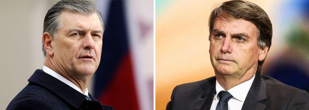 Prefeito de Dallas se recusa a dar boas vindas ou acompanhar Bolsonaro