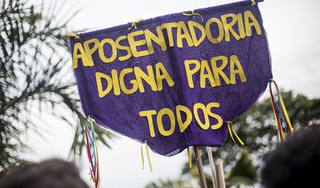 Economistas lançam Manifesto contra reforma da Previdência