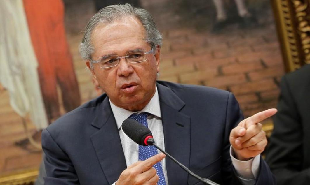 Paulo Guedes: todos os bancos públicos terão que devolver dinheiro à União neste ano
