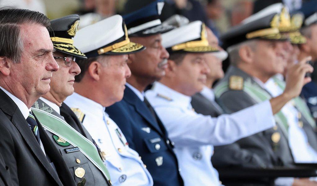 Jânio de Freitas vê sinais de risco para a democracia