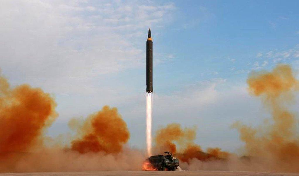 EUA confirmam lançamento de mísseis balísticos pela Coreia do Norte
