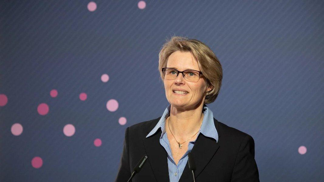 Enquanto o Brasil afunda a pesquisa, Alemanha anuncia 160 bi de euros