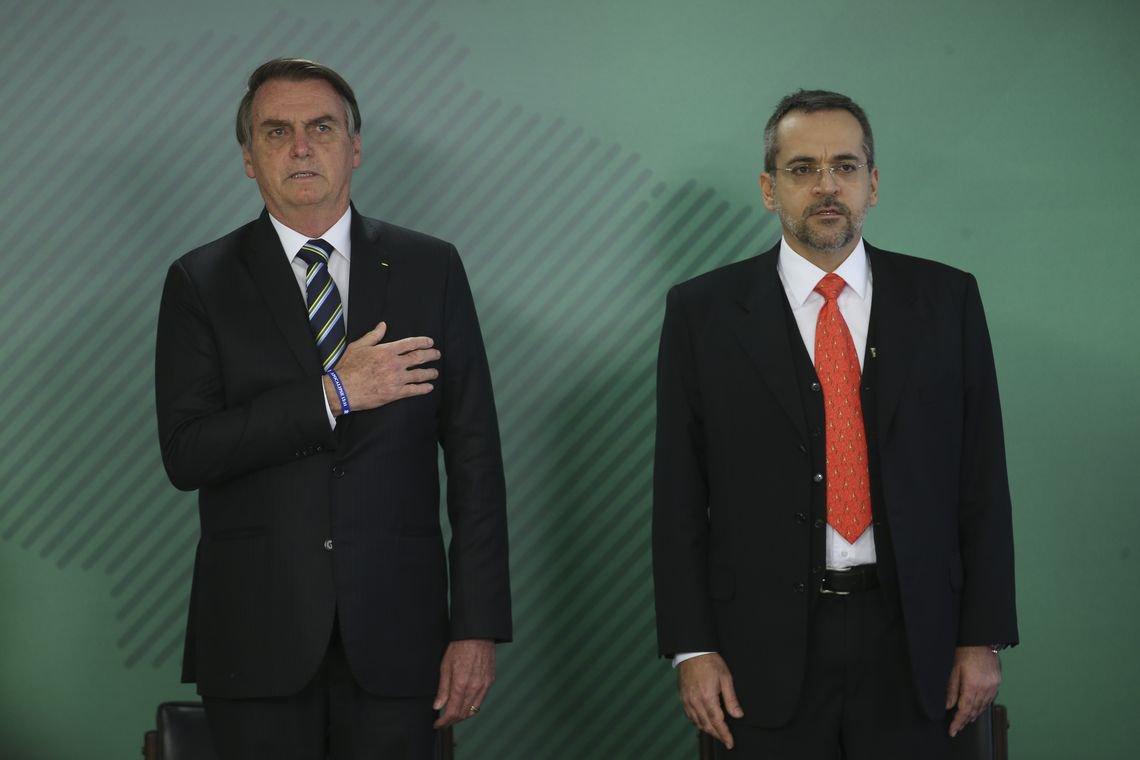Bolsonaro praticamente liquida pesquisa no país