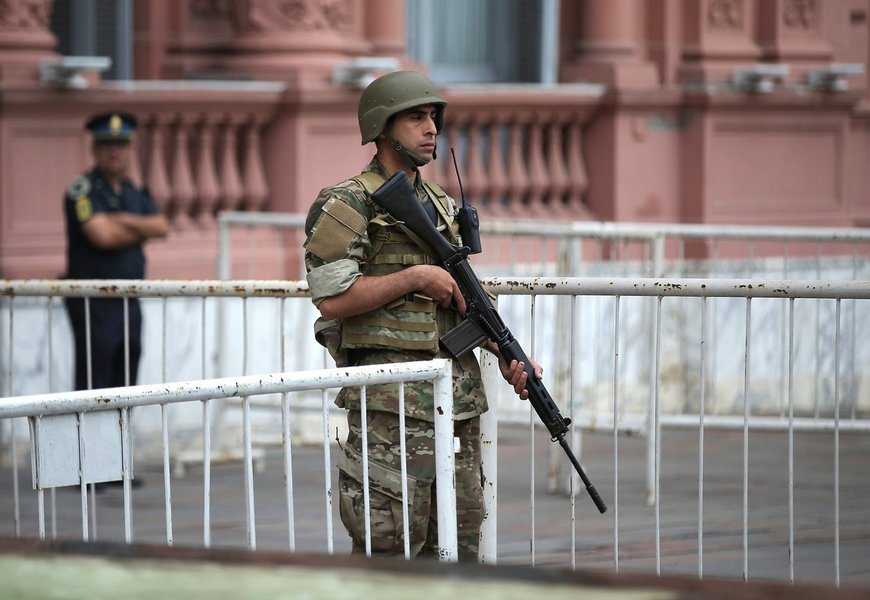 Casa Rosada é evacuada após suspeita de bomba