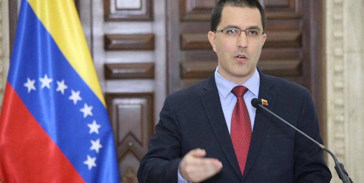 Bloqueio dos EUA contra Venezuela atinge população vulnerável, diz chanceler