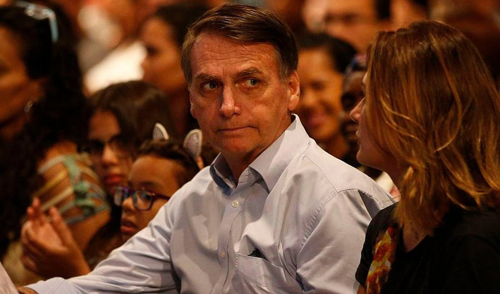 Quatro primeiros meses de governo Bolsonaro põem em xeque bandeira do 'fim da mamata'