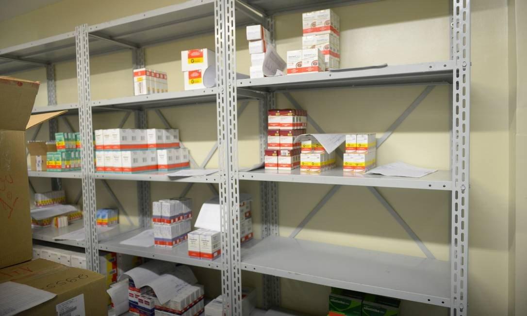 Falta de remédios ameaça dois milhões de pacientes no País