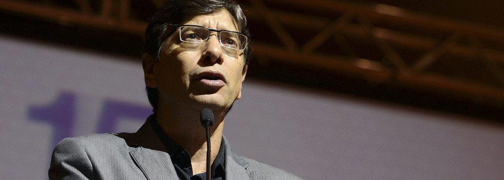 Pochmann: receituário neoliberal leva o Brasil à decadência acelerada