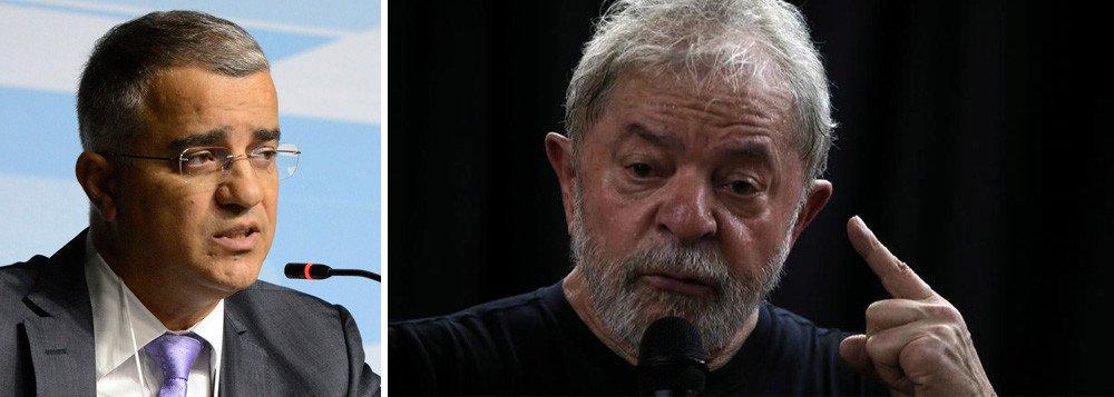 Escândalo: RedeTV se autocensura e decide não exibir entrevista de Lula a Kennedy Alencar