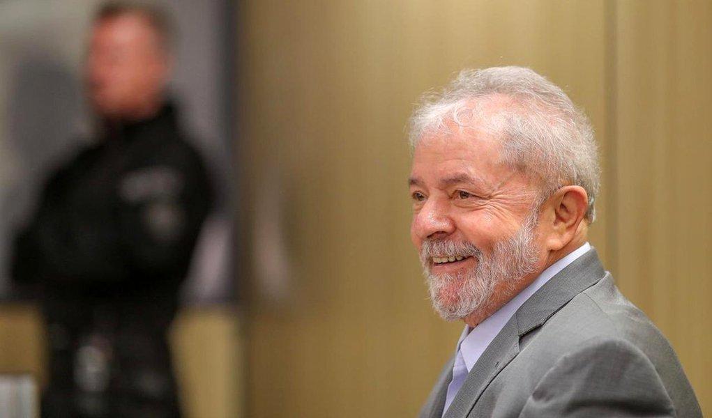 Voz de Lula chega à TV aberta