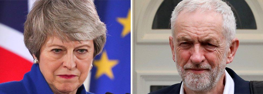Os dois principais partidos britânicos sofrem perdas em eleições municipais