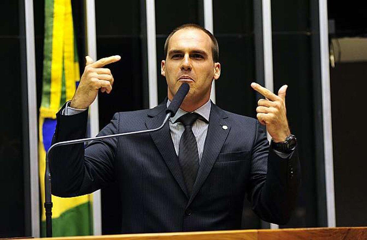 Eduardo Bolsonaro critica ajuda a venezuelanos: tem brasileiro passando necessidade