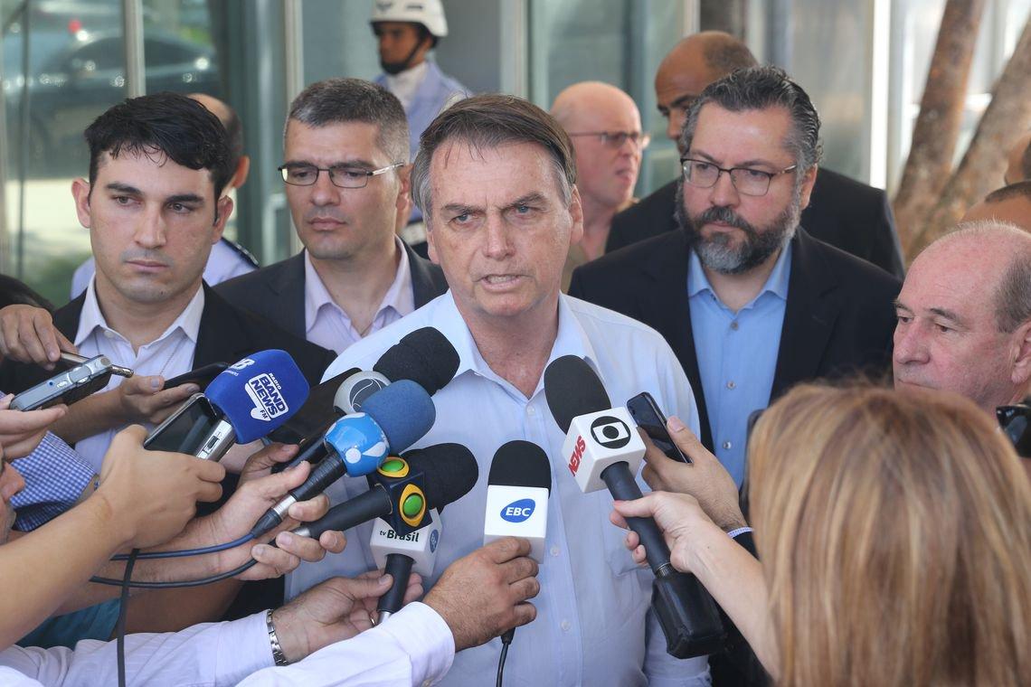 Bolsonaro sobre Venezuela: vamos até o limite do Itamaraty