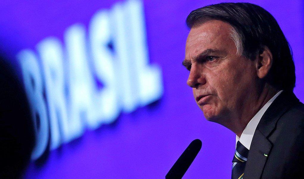 Com aprovação em queda, Bolsonaro cancela pronunciamento sobre 100 dias