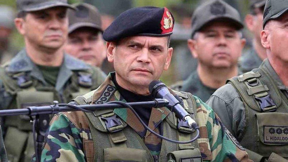 Chefe do Exército venezuelano reafirma unidade contra tentativa de golpe