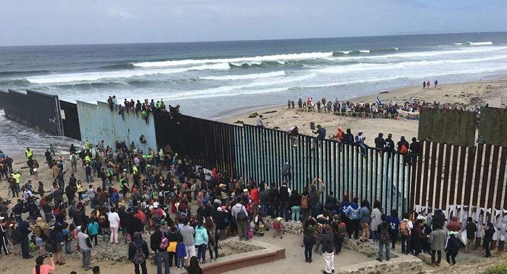 EUA anunciam envio de mais militares à fronteira com México