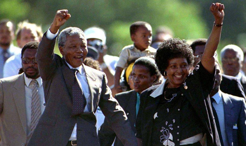 Há 25 anos, eleição marcava fim do apartheid, mas não da desigualdade