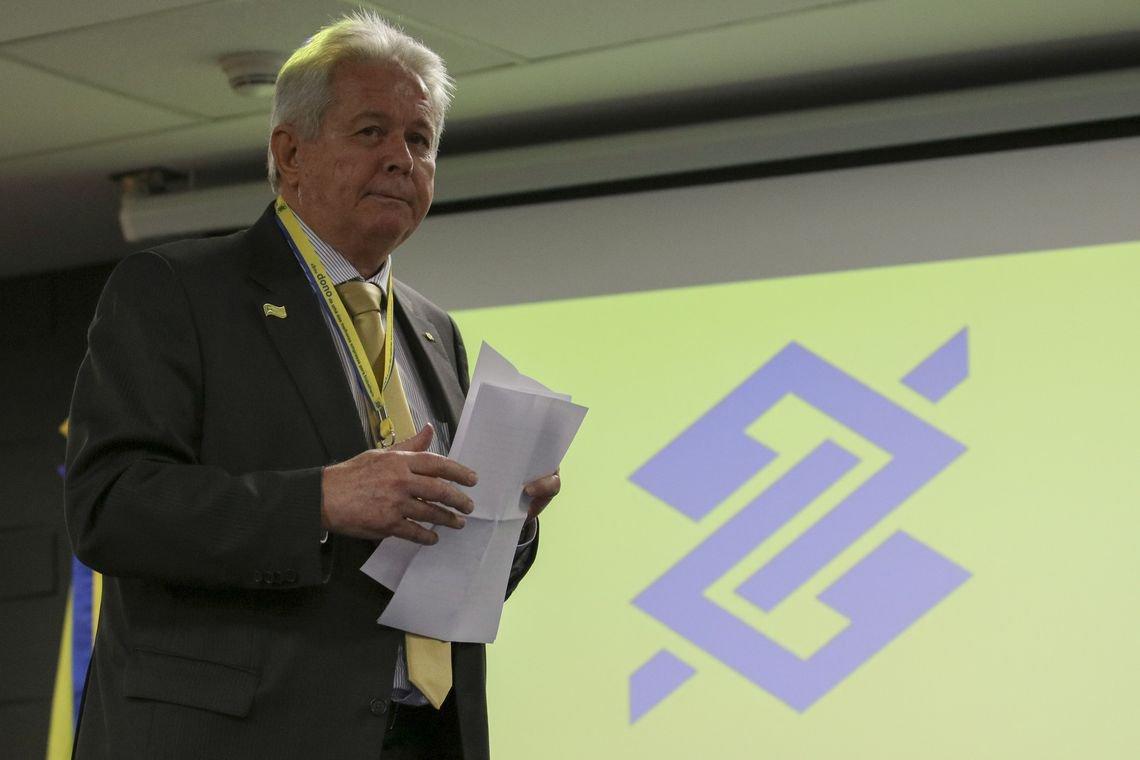 Presidente do BB diz que pedido de Bolsonaro para reduzir juros era brincadeira