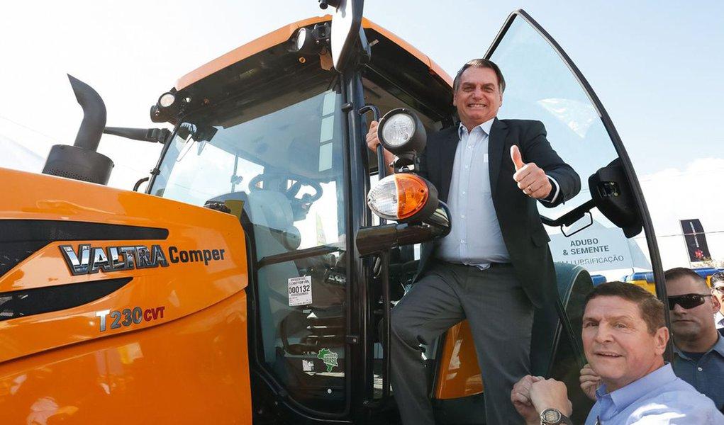 Bolsonaro defende 'limpa' no Ibama e ICMbio