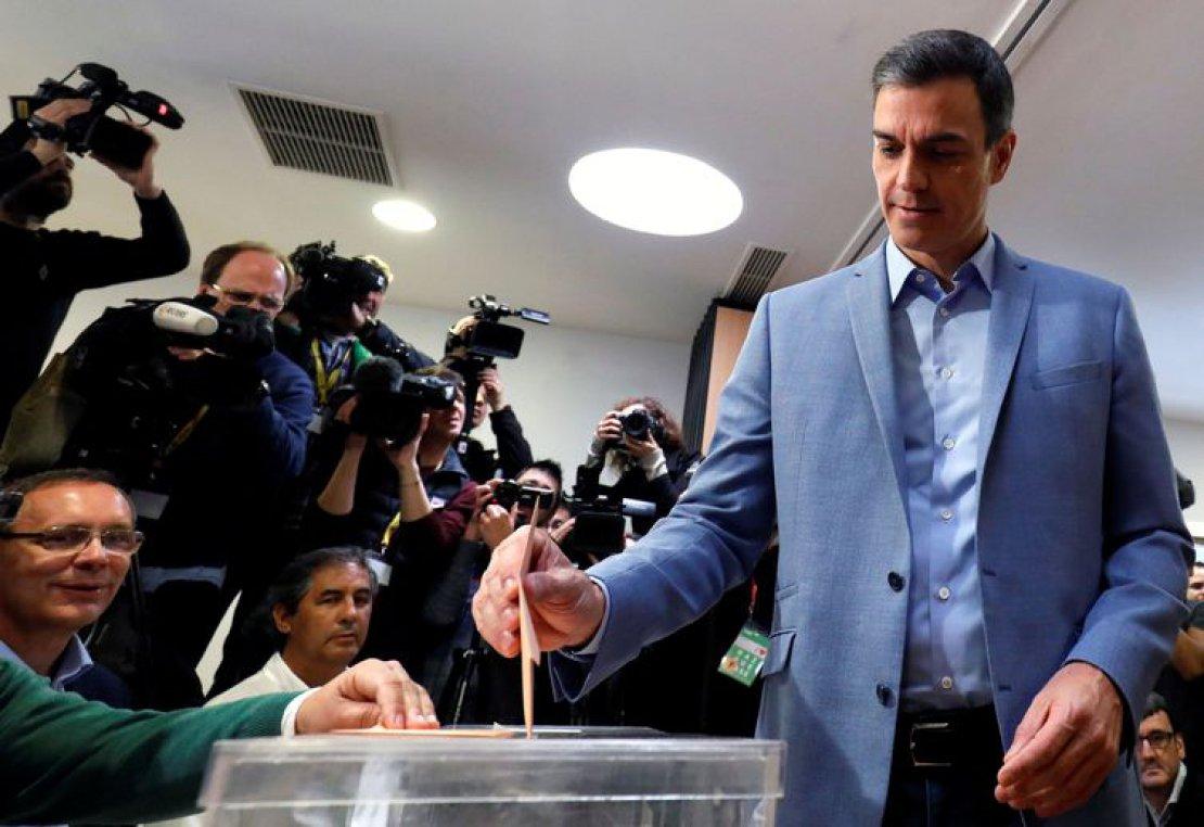 Espanha: vitória dos socialistas, irrompe Vox, desabam PP e Podemos